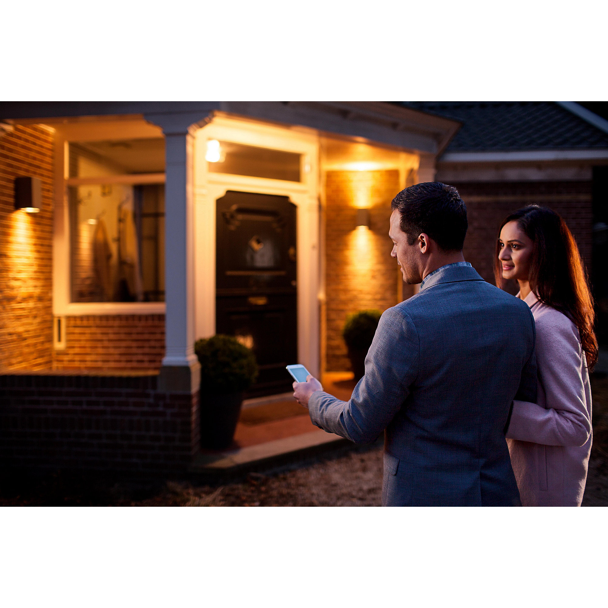 Philips Hue White and Color Ambiance (RGBW) LED Kerze E14 Doppelpack (2 x 6W)